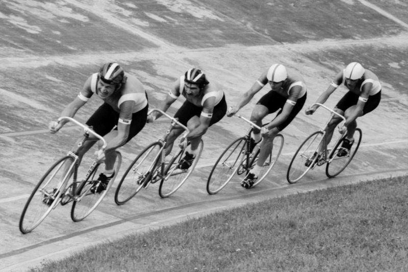 Tor kolarski Nowe Dynasy w Warszawie był dumą mieszkańców miasta. Jego otwarcie w 1972 roku uświetniły międzynarodowe zawody z udziałem mistrza olimpijskiego z Meksyku Janusza Kierzkowskiego